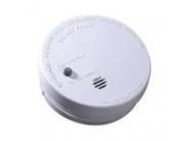 Fire / Smoke Alarm Test in a Home on 0117 362 0872  in Bristol